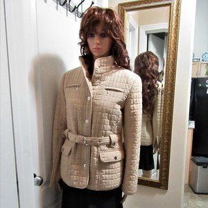 Ladies size Small biege coat Giacca